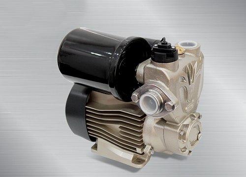 Máy bơm nước đa năng Oshima 200A hoạt động với công suất 200W
