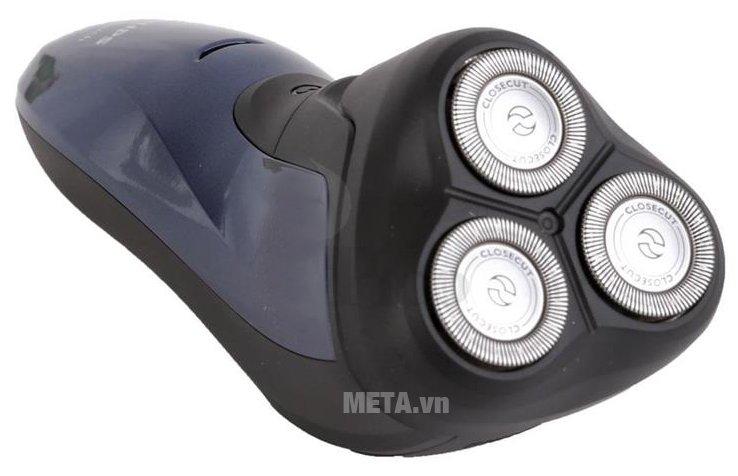 Philips AT620 có lớp vỏ không thấm nước nên dùng có thể cạo râu được trong môi trường âm ướt như nhà tắm