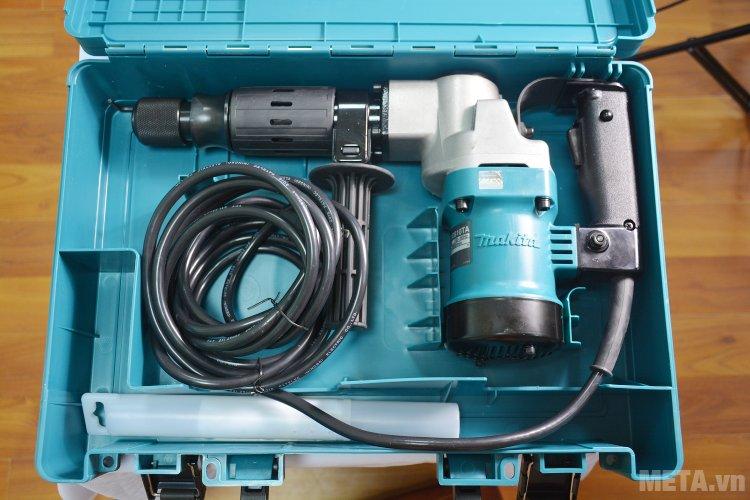 Máy đục bê tông Makita HM0810TA được xếp gọn gàng trong hộp