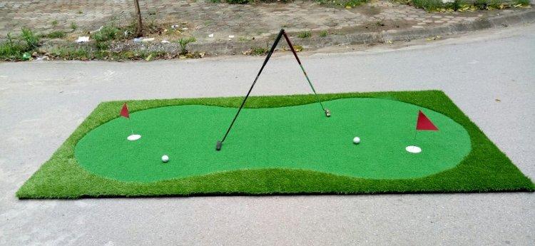 Thảm tập golf putter A20 TL006 tặng kèm 2 bóng và 2 cờ