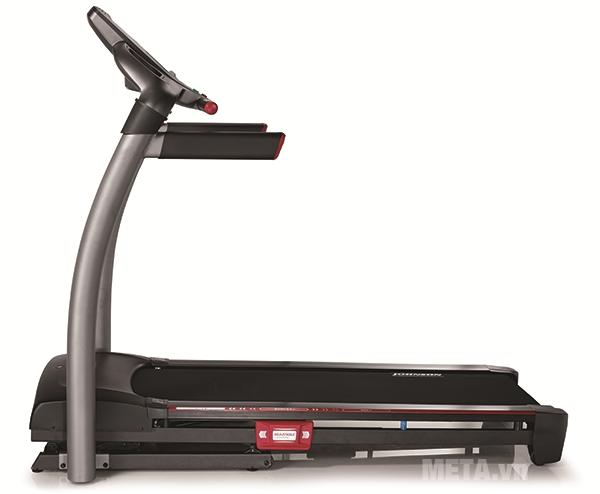 Máy chạy bộ điện Johnson 8.1T chuyên nghiệp phù hợp với phong tập Gym