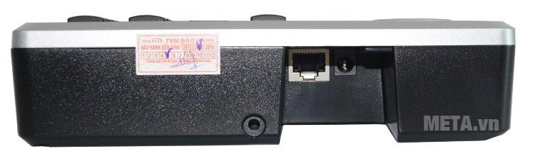Cổng kết nối mạng của máy chấm công vân tay Ronald Jack RJ 550