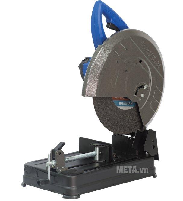 Máy cắt sắt Hyundai HCS355P dễ điều khiển và kiểm soát đường cắt