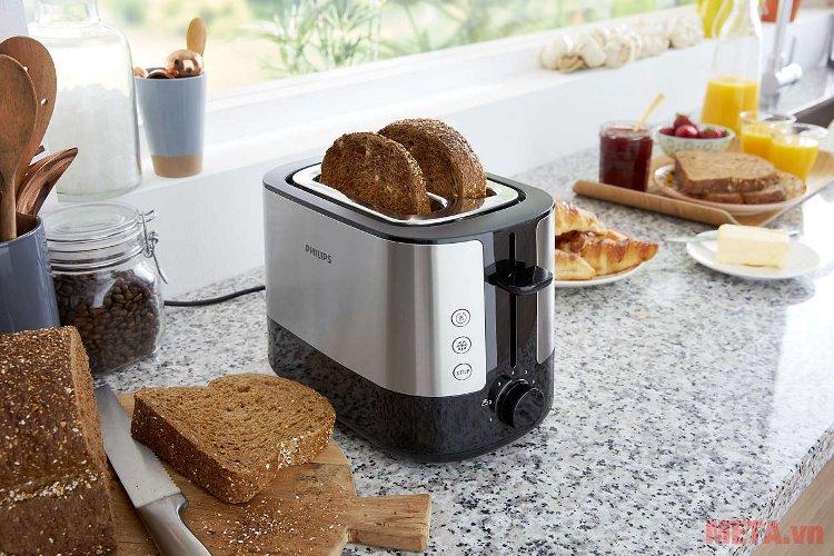 Máy nướng bánh mì Sandwich Philips HD2637 sử dụng cực kỳ đơn giản