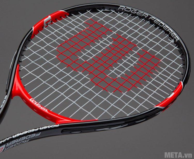 Vợt tennis trẻ em Wilson Roger Federer 25 WRT200800 có mặt vợt 95 inch