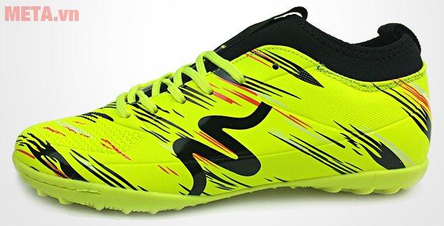 Giày đá bóng Mitre 160930 in logo Mitre trên thân giày