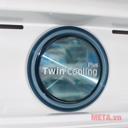 Tủ Lạnh Inverter Samsung RT43K6631SL/SV có công nghệ làm lạnh với 2 dàn lạnh riêng biệt