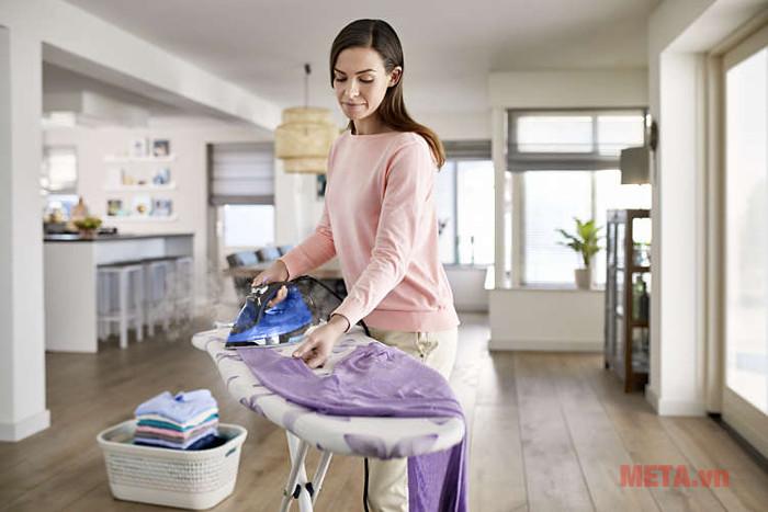 Bàn là hơi nước Philips GC3920 an toàn cho mọi loại vải
