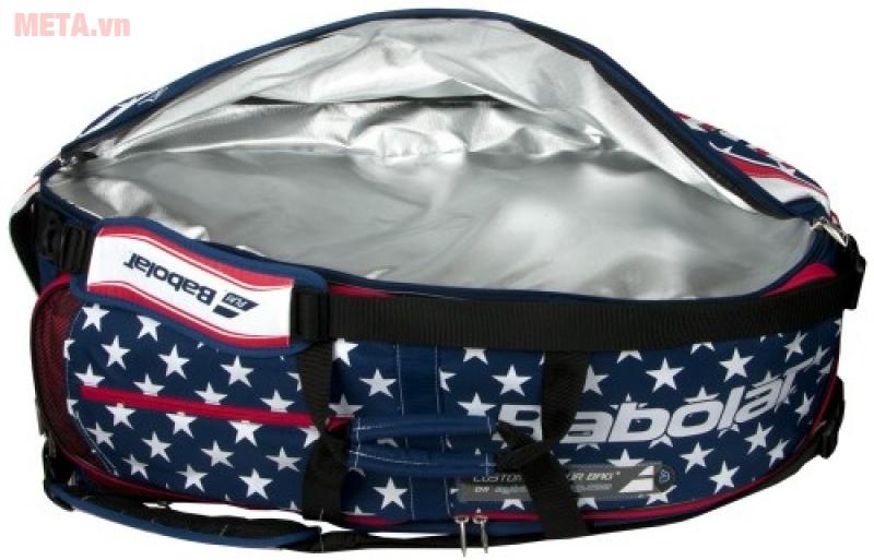 Túi được thiết kế mở rộng nhiều ngăn, đựng tối đa 8 - 10 cây vợt