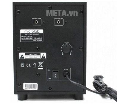 Mặt sau của bộ loa máy tính Microlab M109 2.1