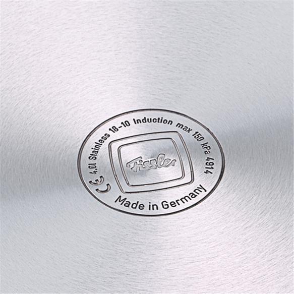 Đáy chảo inox Fissler Steelux được áp dụng công nghệ Superthermic dùng cho tất cả các loại bếp