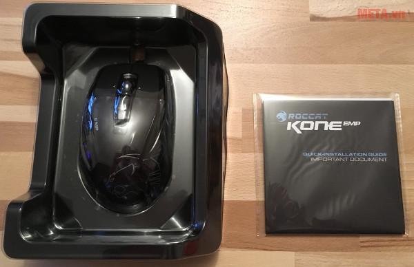 Chuột Roccat Kone EMP có kích cỡ phù hợp với bàn tay của nhiều người dùng