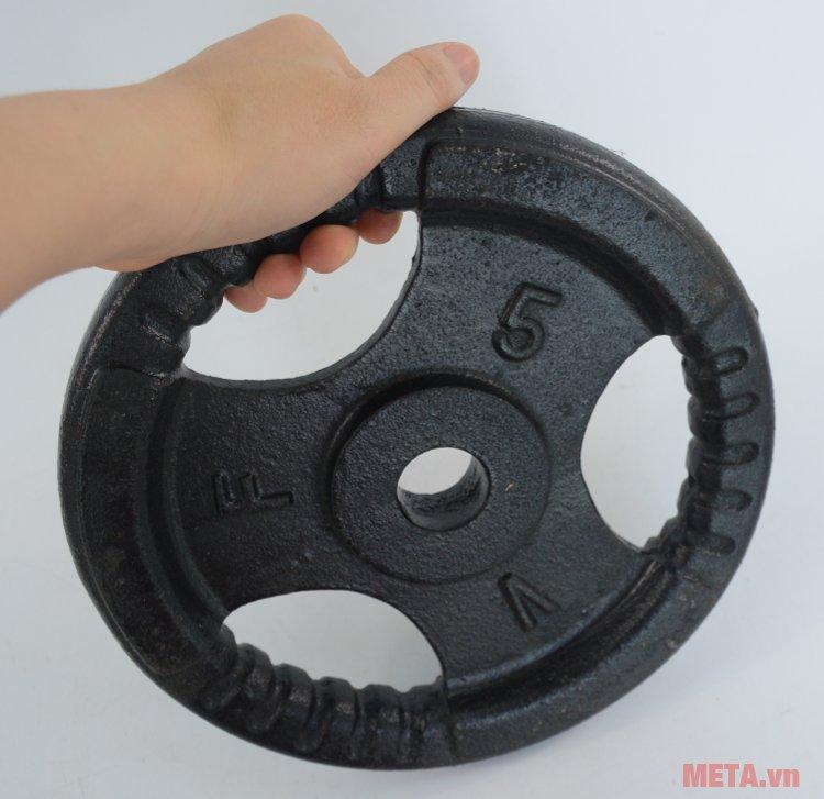 Tạ đĩa gang 5kg kiểu dáng gọn nhẹ cầm tay dễ dàng