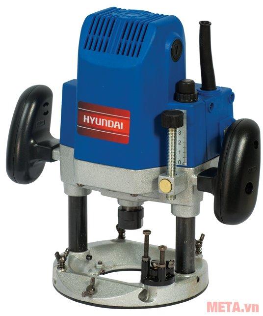 Máy phay gỗ Hyundai HPG1512 sử dụng nguồn điện áp 220V/50Hz