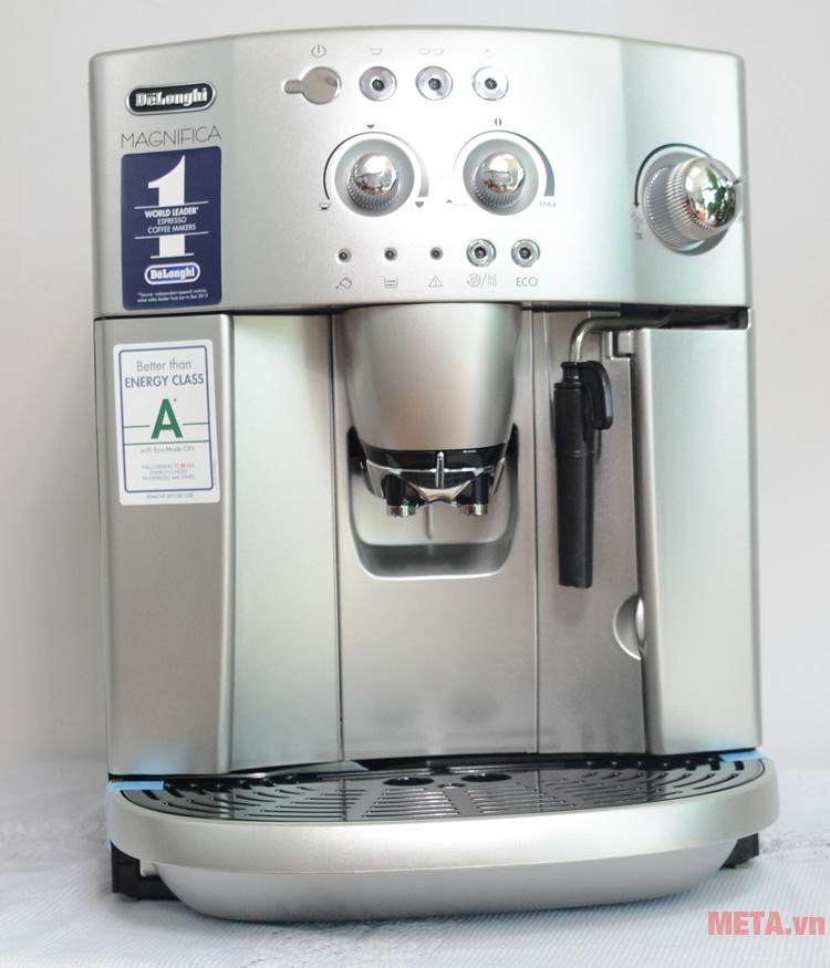 Máy pha cà phê tự động DeLonghi ESAM4200.S có màu bạc sang trọng