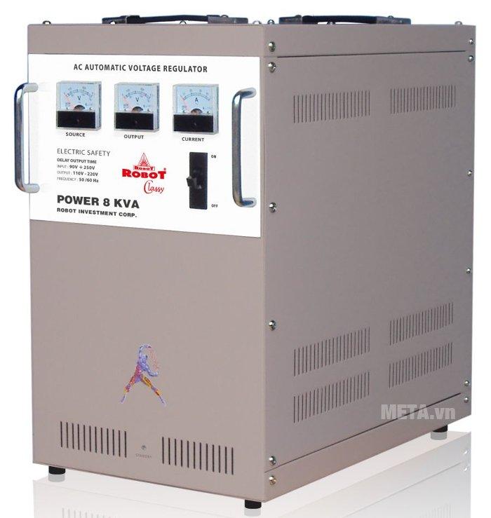 Ổn áp Robot Classy 8KVA có nhiều khe tản nhiệt trên vỏ máy