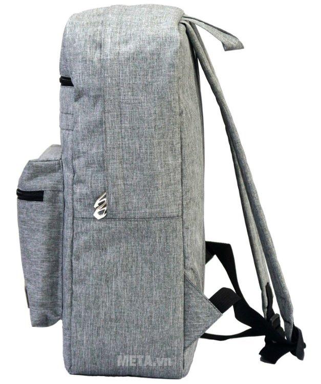 Balo teen B-23-004 có quai đeo dài phù hợp với nhiều độ tuổi khác nhau