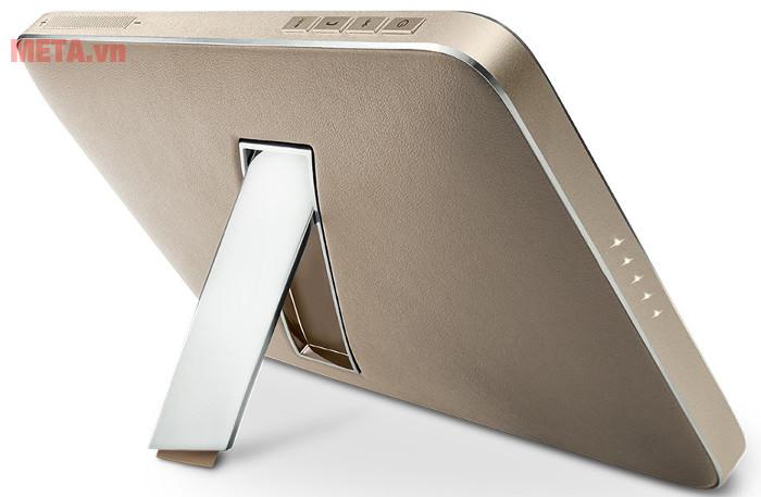 Loa có kiểu dáng sang trọng kết hợp giữa aluminum và da