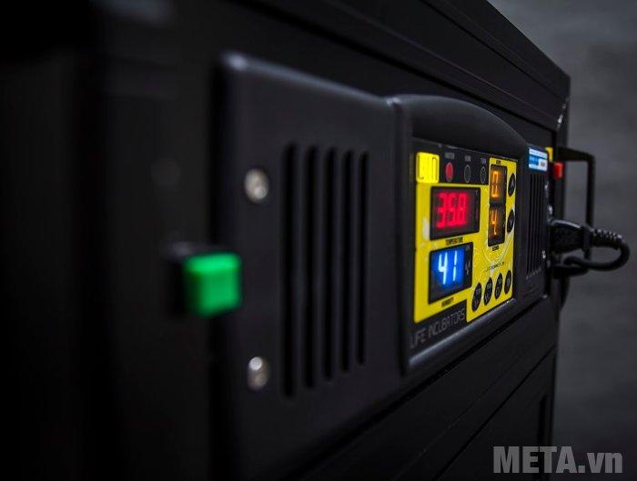 Máy ấp trứng điều áp BALANCE LDI-500 (500 trứng) bố trí bảng điều khiển ở phía trước máy dễ điều chỉnh