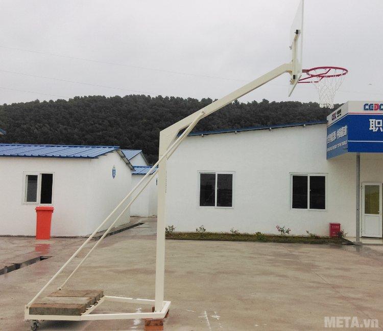 Trụ bóng rổ trường học 801829 đi kèm 5 đối trụ bê tông