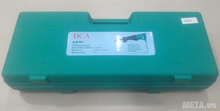Máy cưa kiếm DCA AJF30 (J1F-FF-30) thiết kế hộp đựng màu xanh, có tay xách
