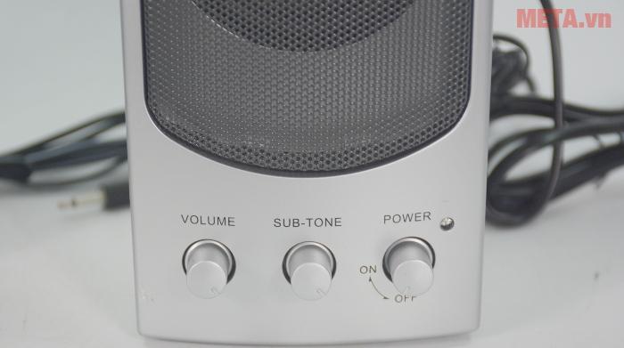 Loa SoundMax A140 2.0 sử dụng nút vặn điều khiển tiện lợi