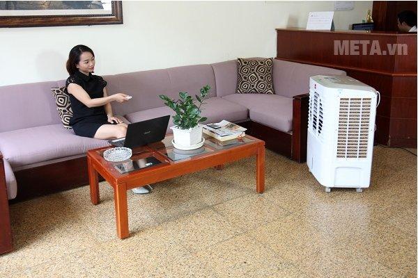 Máy làm mát Air Cooler Cello Smart 30 có điều khiển từ xa