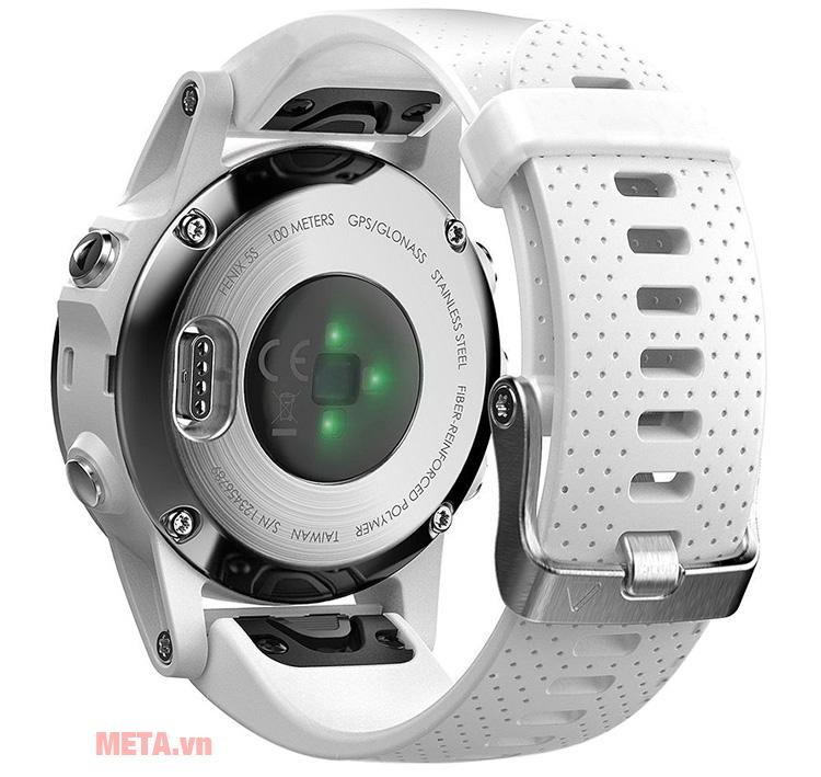 Vòng đeo tay Garmin Fenix 5S có đèn led báo sáng