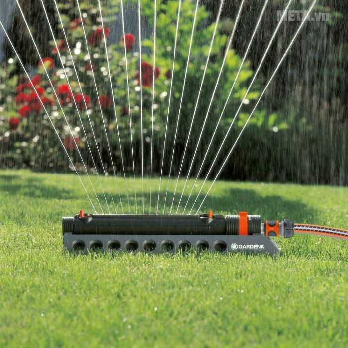 Đầu nước phun có thể thay đổi tốc độ và hướng phun thật linh hoạt