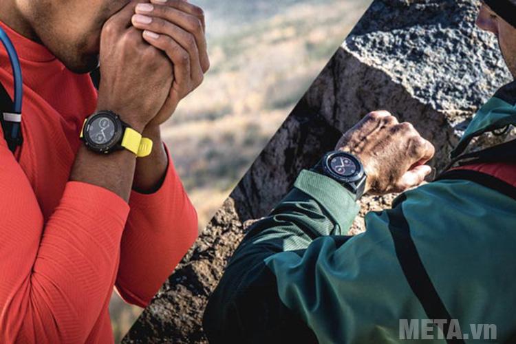 Vòng đeo tay Garmin Fenix 5 Sapphire Black hỗ trợ leo núi