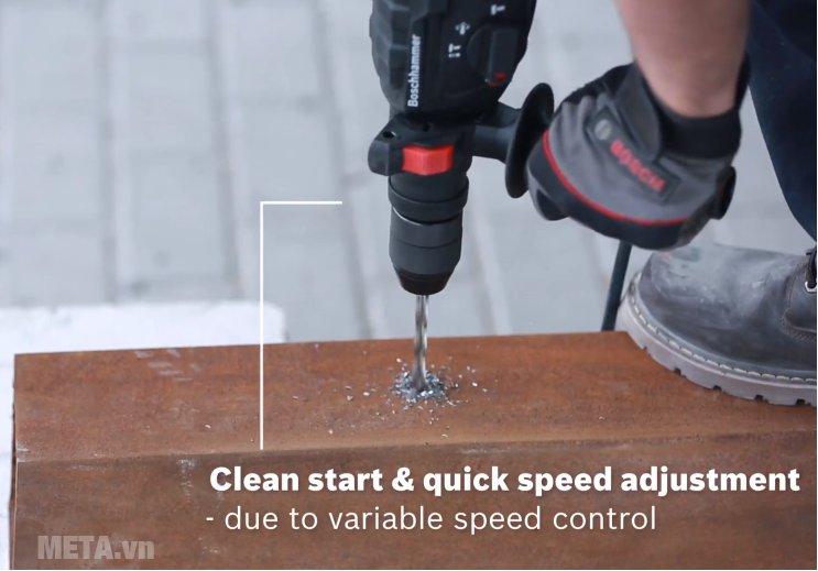 Máy khoan búa Bosch GBH 2-24 DRE giúp bạn khoan thép cực nhanh