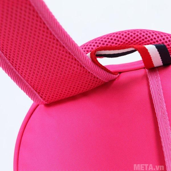Balo cấp 1 Hami BL201A thiết kế quai đeo thoáng khí, đeo không bị nóng vai