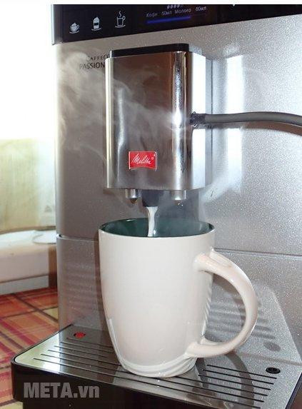 Máy pha cà phê Melitta Caffeo Passione OT có vòi tạo hơi