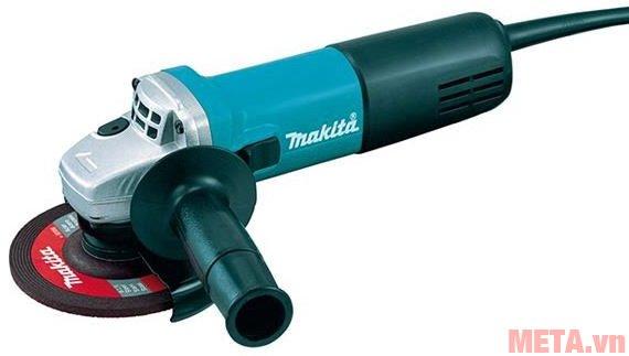 Máy mài góc Makita 9556HN có kiểu dáng nhỏ gọn nhưng công suất mạnh mẽ