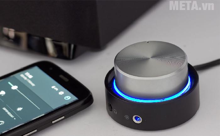 Nút điều khiển màu xanh khi đã kết nối Bluetooth