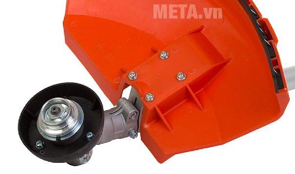 Vị trí lắp lưỡi cước của máy cắt cỏ chạy xăng Hitachi CG40EAS