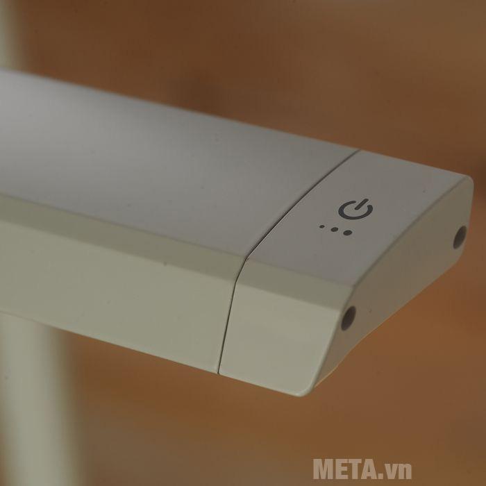 Nút nguồn của đèn kẹp bàn led Hàn Quốc Broadwing Prism 7900