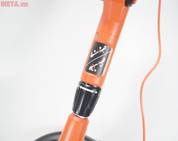 Núm điều chỉnh độ cao của máy được thiết kế ngay trên thân máy