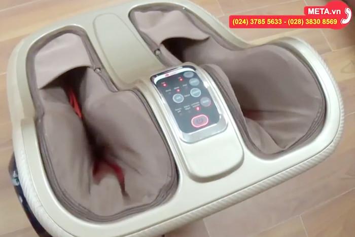 Máy massage chân Buheung MK-416 sử dụng đèn hồng ngoại khi massage