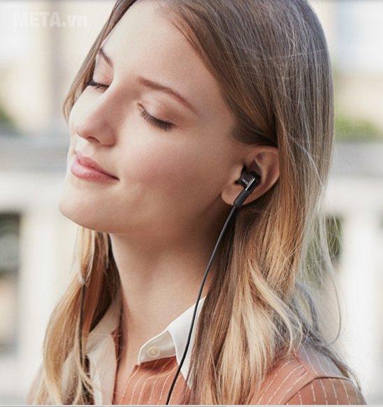 Tai nghe Sony XBA-N1AP có kiểu dáng sành điệu
