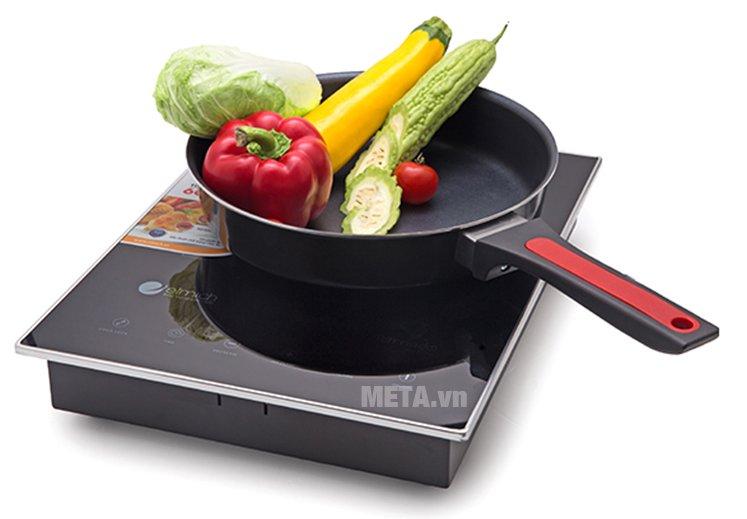 Bếp điện từ Elmich EL-7950 có khả năng truyền nhiệt tốt