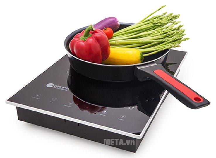 Bếp hồng ngoại Elmich EL-7951 giúp chế biến nhiều món ăn