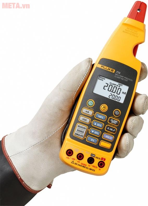 Ampe kìm Fluke 773 là thiết bị đo điện chuyên nghiệp