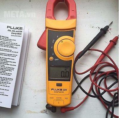 Ampe kìm Fluke 334 có thiết kế nhỏ gọn