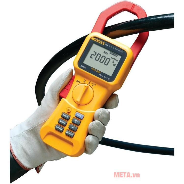 Ampe kìm Fluke 353 đo dòng điện 1 chiều và xoay chiều