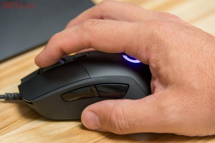 Chuột game Logitech G403 Prodigy là sản phẩm của tốc độ và kiểm soát