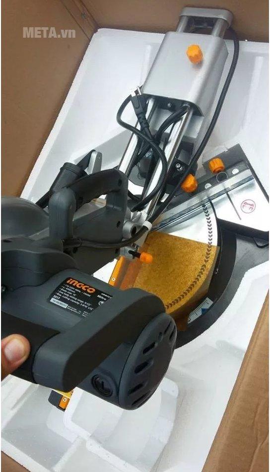 Máy cắt góc đa năng INGCO BM2S18004 hoạt động mạnh mẽ