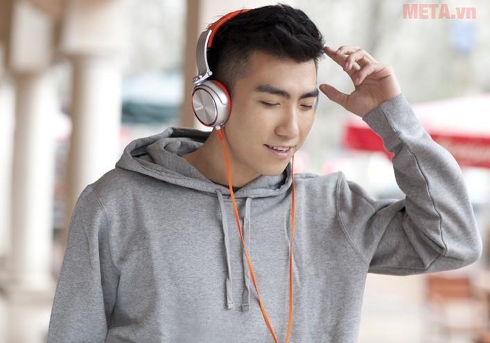 Thể hiện phong cách âm thanh với tai nghe Sony MDR-XB610 ở bất cứ đâu