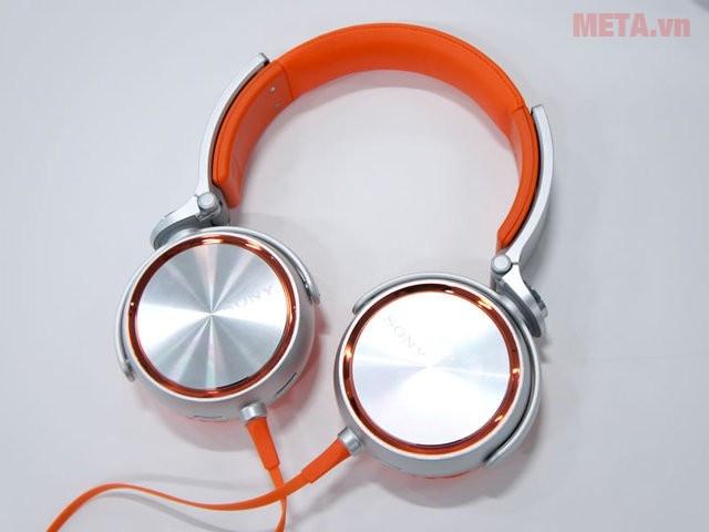 Tai nghe Sony MDR-XB610 bao quát một vẻ đẹp hiện đại trẻ trung