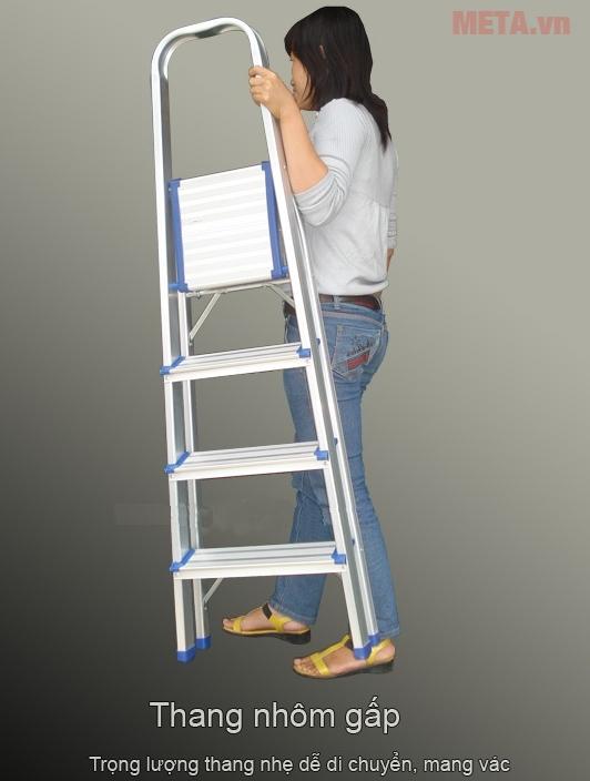 Thang nhôm ghế tiện lợi và an toàn cho cả phụ nữ gia đình